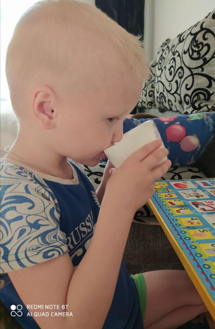 Пейте, дети, молоко - будете здоровы!